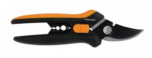 FISKARS Sekator do kwiatów SOLID SP14 1051601